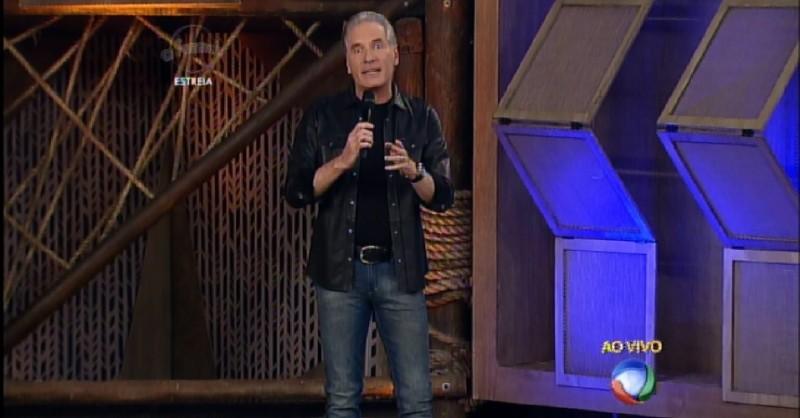 23set2015---roberto-justus-estreia-no-comando-da-oitava-temporada-de-a-fazenda-8-1443058277936_956x500