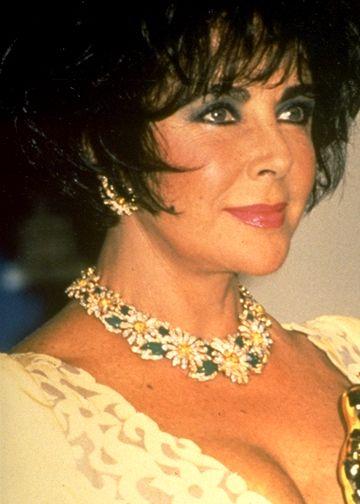 Elizabeth Taylor - Morre a atriz Elizabeth Taylor, aos 79 anos de idade