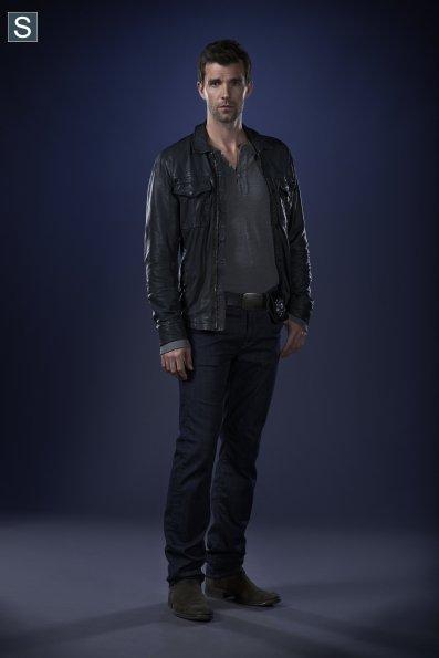 Haven - Season 5 - Cast Promotional Photos (3)_595_slogo