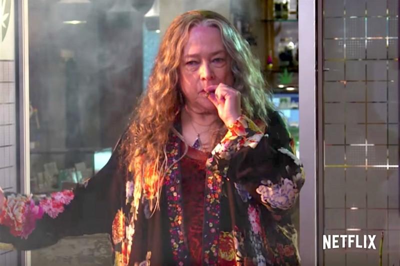 disjointed kathy bates netflix marijuana comedy - Disjointed | Data de Estreia | Netflix