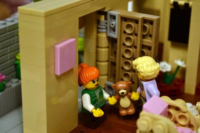 golden-girls-lego-set-1