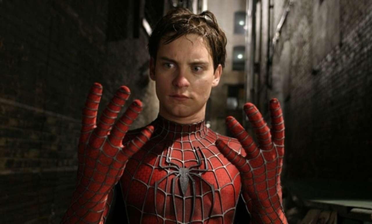 Tobey McGuire como Homem-Aranha