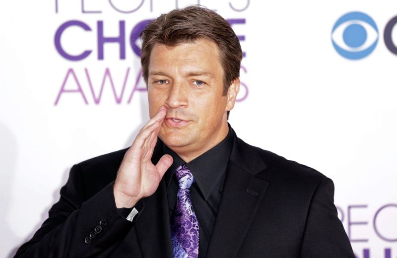 nathan-fillion-people-s-choice-awards-2013-03