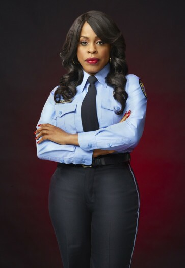 SCREAM QUEENS: Niecy Nash as Denise in SCREAM QUEENS which debuts with a special, two-hour series premiere event on Tuesday, September 22 (8:00-10:00 PM ET/PT) on FOX. ©2015 Fox Broadcasting Co. Cr: Matthias Clamer/FOX.