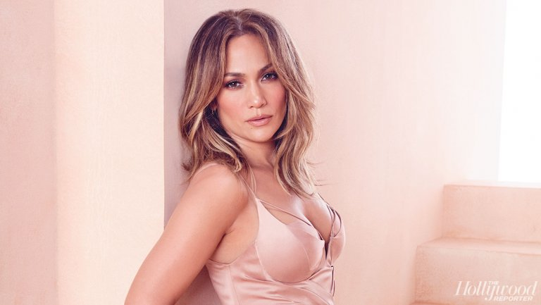 thr_jennifer_lopez_20160321_thr_emmy_roundtable_s04_025